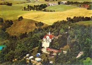 Slottet og campingpladsen